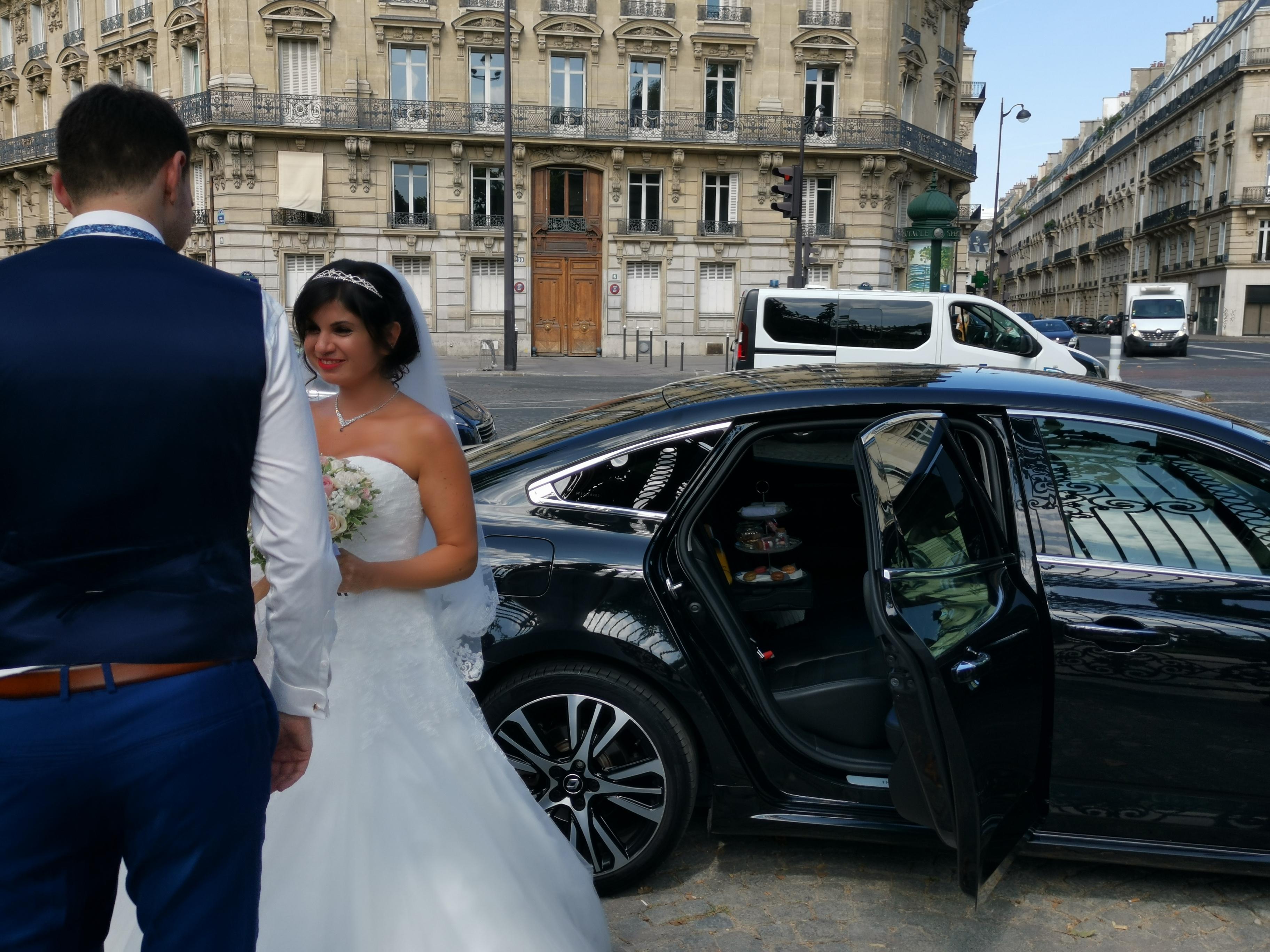 Voiture avec chauffeur mariage , événements, anniversaire